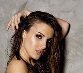 Andie Valentino - VIPArea 17