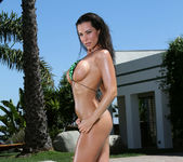 Laura Lee - Teardrop & Outdoor Shower 3