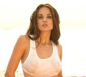 Sanja Matice - Wet T-shirt 3