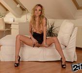 Angel Piaff - 21Sextreme 7