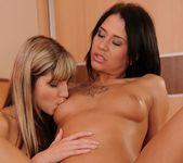 Erika Bellucci, Doris Ivy - 21Sextreme 24