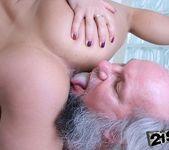 Nikky Thorne - 21Sextreme 15