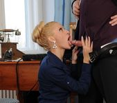 Chary Kiss - 21Sextreme 7