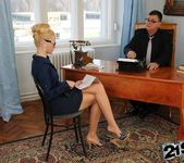 Chary Kiss - 21Sextreme 8