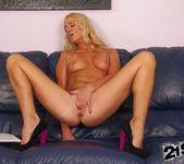 Dorina Gold - 21Sextreme 3