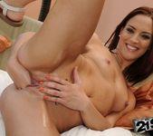 Lyen Parker, Nikky Thorne - 21Sextreme 9