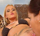 Kathia Nobili, Cipriana - 21Sextreme 11