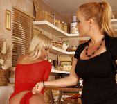 Katy Parker, Tracy Gold - 21Sextreme 10