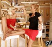 Katy Parker, Tracy Gold - 21Sextreme 15