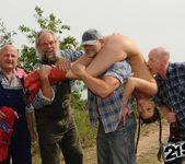 Agata - lumberjack blowbang 6