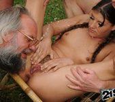 Agata - lumberjack blowbang 20