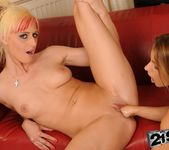 White Angel, Nikky Thorne - 21Sextreme 23