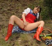 Agata - picnic? sexnic! - 21Sextreme 6