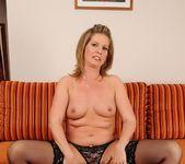 Laura Long, Elindi - 21Sextreme 3