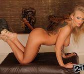 Nikky Thorne, Kayla Green - 21Sextreme 6