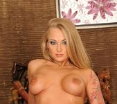 Nikky Thorne, Kayla Green - 21Sextreme 7