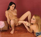 Nikky Thorne, Kerry - 21Sextreme 12