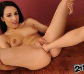 Nikky Thorne, Kerry - 21Sextreme 15