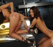 Alexis Brill, Adriana 16