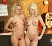 Tiffany Fox, Chary Kiss 2