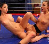 Amirah Adara vs Jessyka Swan 24