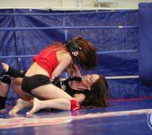 Mira Shine vs Sophie Lynx 14