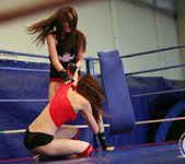 Mira Shine vs Sophie Lynx 15