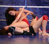 Mira Shine vs Sophie Lynx 19