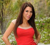 Alexa Nicole, Charisma Capelli 5