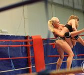 Cathy Heaven VS Ivana Sugar 6