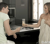 A Guiding Hand - Nataly Gold, Silvia Lauren, Kristof Cale 8