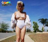 Pinup Doll - Jenna Ivory 4