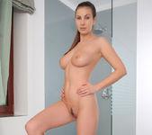 Relaxing Shower - Josephine 5