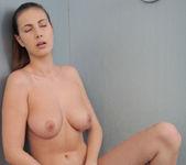 Relaxing Shower - Josephine 14