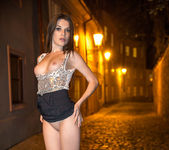 Night Walk - Serena - Watch4Beauty 6