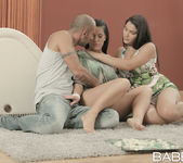 Looking For Pleasure - Athina, Valentina Nappi, Mike Angelo 28