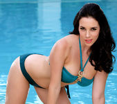Jelena Jensen Pleases Her Hungry Coochie With Her Toy 4