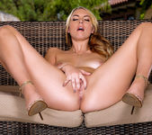 Horny Cosima Dunkin Moans As She Rubs Her Sweet Pussy 15