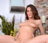 Molly Jane - Good Golly Ms Molly - Big Naturals 9