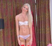 Lexi Lou - Beauty And Maturity 7
