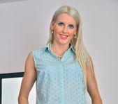Lexi Lou - Naughty Lady - Anilos 6