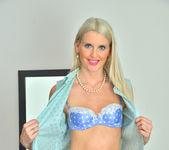Lexi Lou - Naughty Lady - Anilos 8
