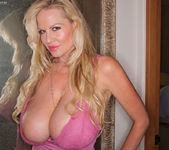 Vaca with Kelly - Kelly Madison 3