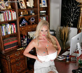 Boss Lady - Kelly Madison 7