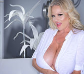 Clear Penetration - Kelly Madison 4