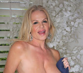 Good Neighbor - Kelly Madison 7