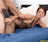 Missy Lee - What A Lady - MILF Hunter 6