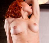 Hot Scarlet - Rada P. 16