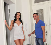 Kitana Lure - Hot And Ready - Mike's Apartment 5