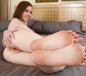 Scarlett Faye - Foot Fetish Daily 2